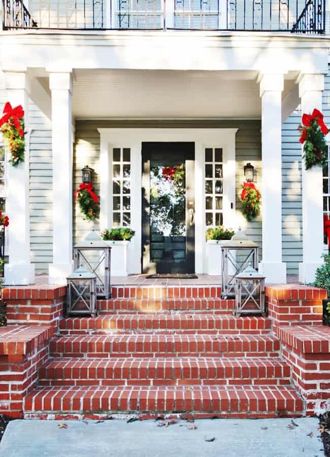 outdoor Christmas decorating ideas porch