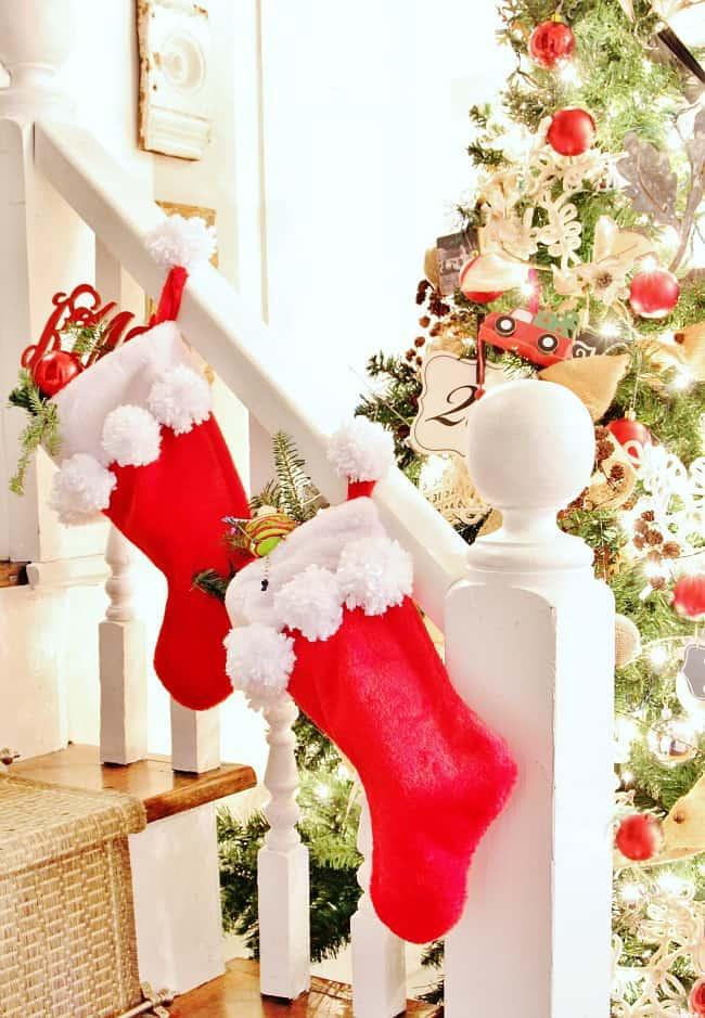 diy pom pom stocking project