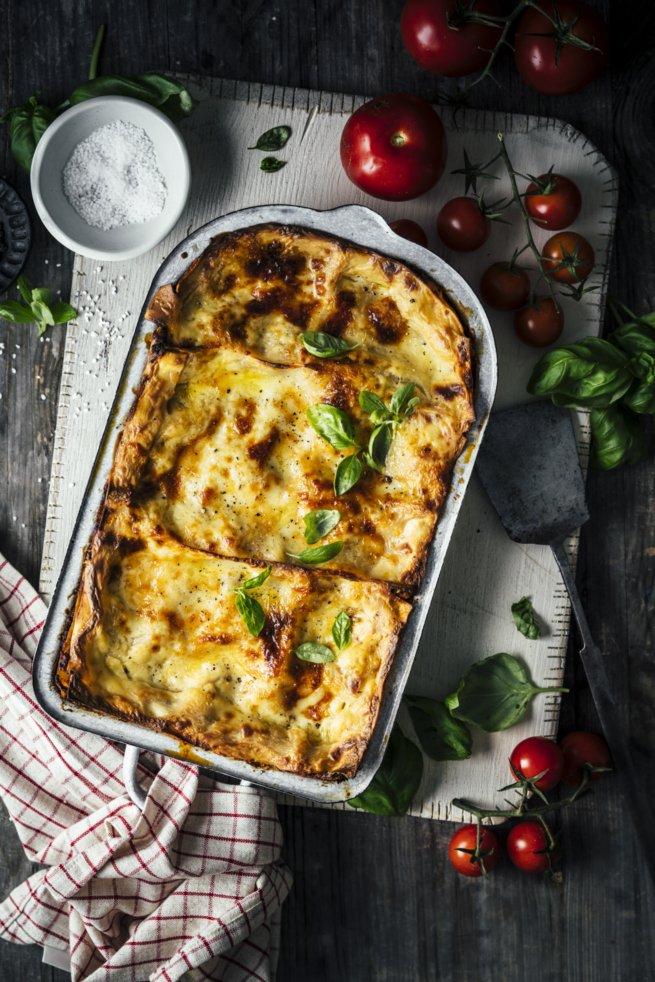 Klassische Lasagne Bolognese mit Hackfleisch
