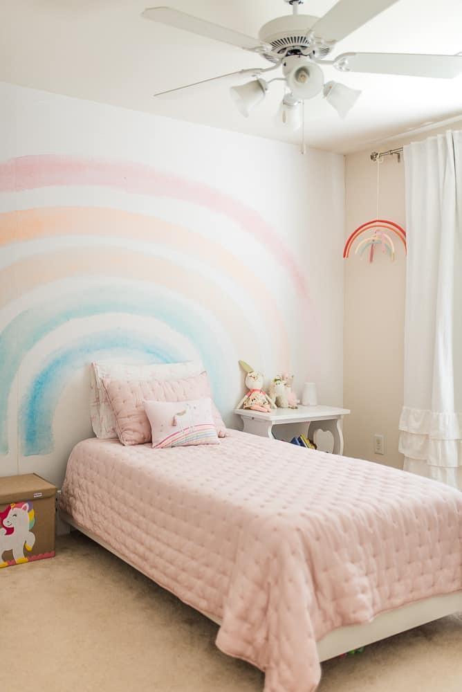 little girls pink bedroom makeover