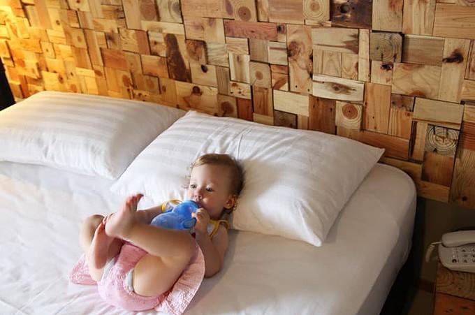 Olivia in Hotel Bed