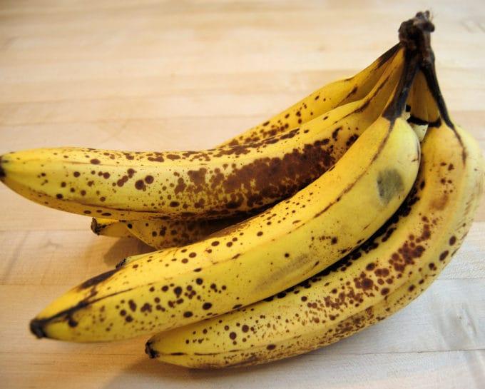 ripe bananas for banana cheesecake
