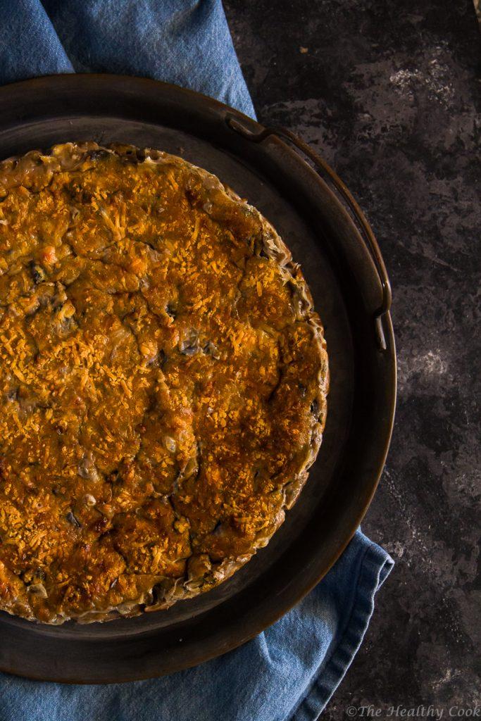 Νόστιμη μελιτζανόπιτα χωρίς φύλλο, με αλεύρι ζέας