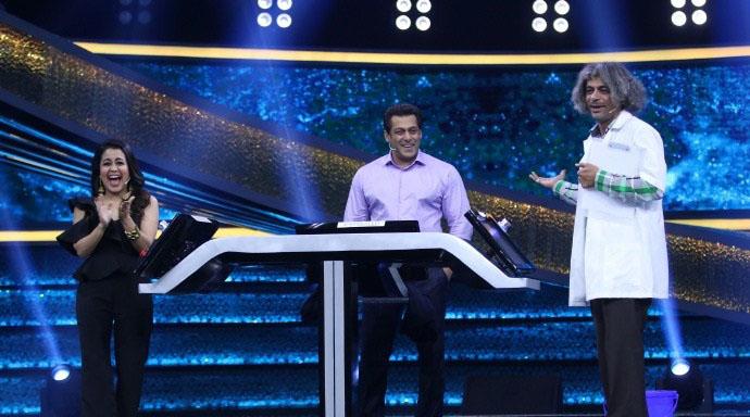 Salman Khan : Sunil Grover's Mashoor Gulati back on Dus Ka Dum