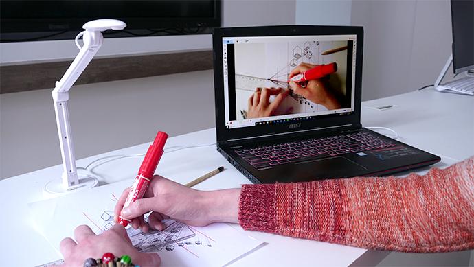 micro visualiseur en cours d'arts plastiques