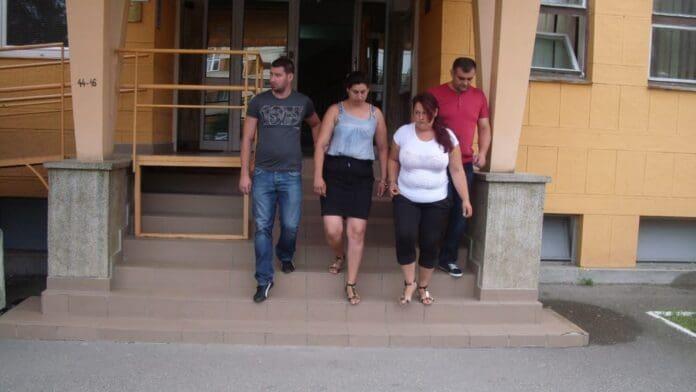 Două-femei-din-Călărași-reținute-de-polițiștii-lugojeni-pentru-ÎNȘELĂCIUNE-2