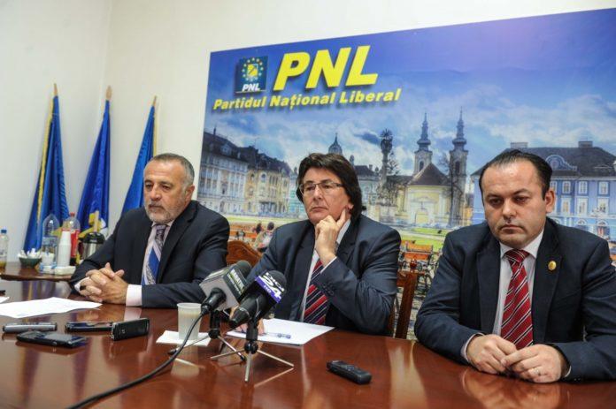 Alin-Popoviciudr-deputat-Nicolae-Robu-Dan-Popa-copresedinte-PNL-Timis-04