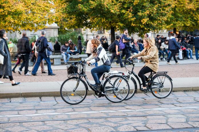 bicicletta, pista ciclabile, sostenibilità, bici