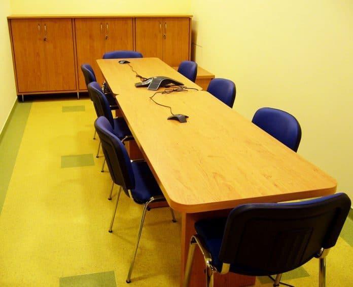 Medical tárgyalóasztal