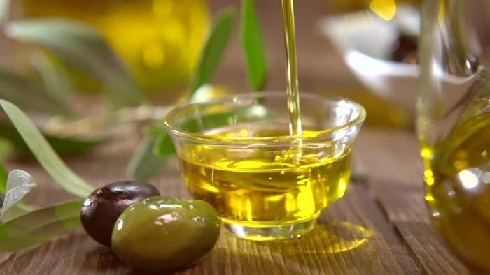 Оливковое масло от перхоти - народные средства от перхоти и зуда головы