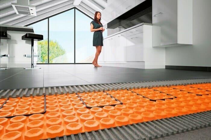 Warm, schön und effizient: Fußbodenheizungen