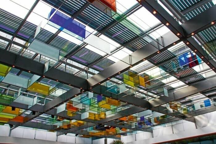 Maßgefertigte Aluminium-Rollläden schützen die Privatsphäre