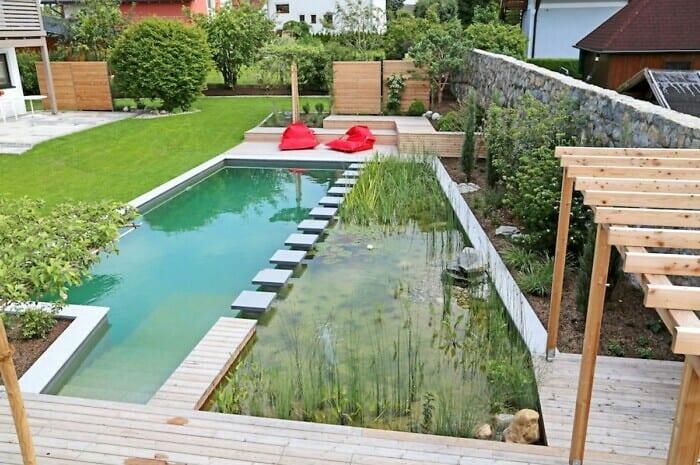 Schwimmteiche bieten Abkühlung und Spaß