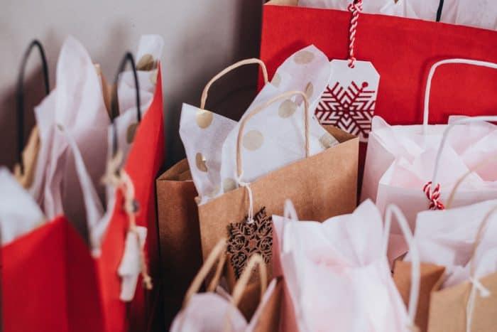 Geschenke freestocks-org-487542-unsplash