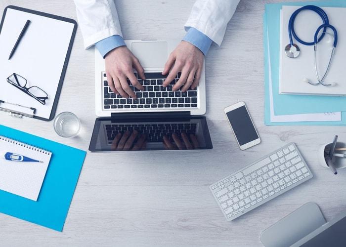 dr Google w samokontroli zdrowia