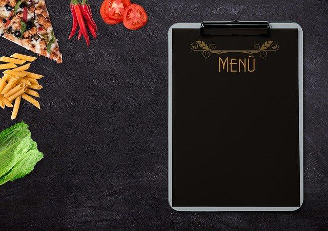produkty żywnościowe i karta menu