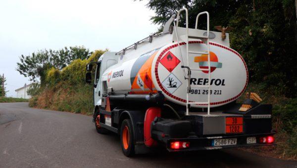 Camión de gasóleo Repsol