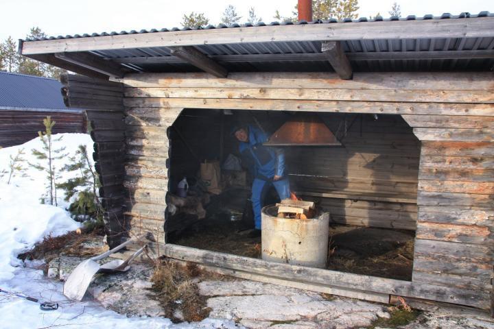 Schwedisch Lappland, Urlaub auf dem Bauernhof, Lagerfeuer, Stormyrbergets Lantgard