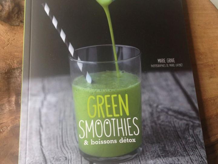 Green Smoothies & boissons detox de Marie Grave