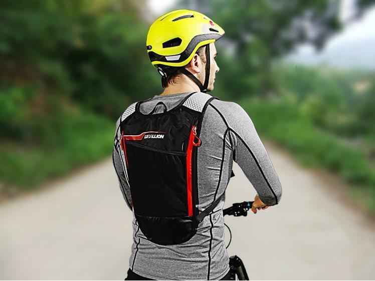Người bạn đồng hành không thể thiếu trong các chuyến đạp xe, chạy bộ, leo núi