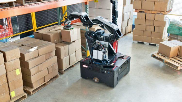 raktári robot anyagmozgatás