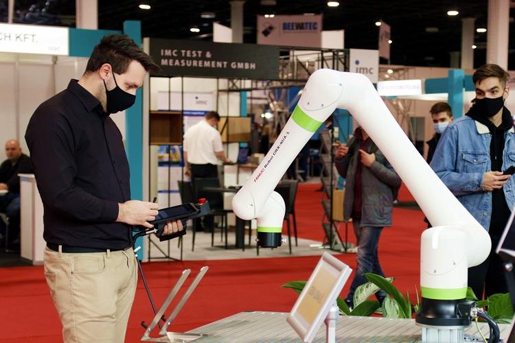 Robotok a raktározásban