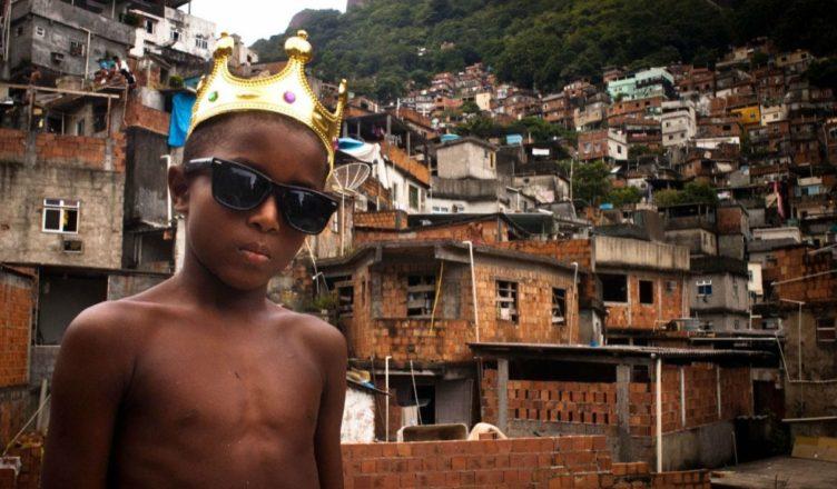 Brasil favelas niños
