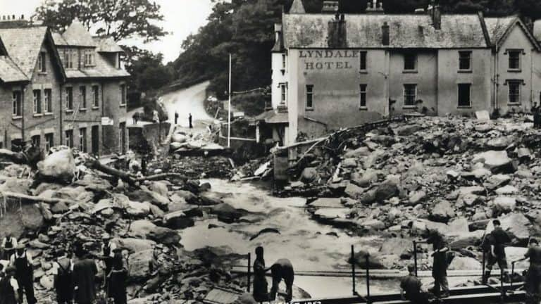 the lynmouth flood disaster 1 1582059590