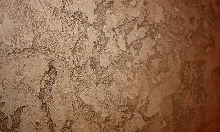 Описание использования фактурной краски для стен