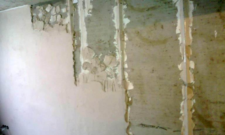 Выравнивание стен штукатуркой из гипса
