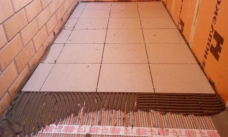 Укладка плитки на балконе на электрический тёплый пол