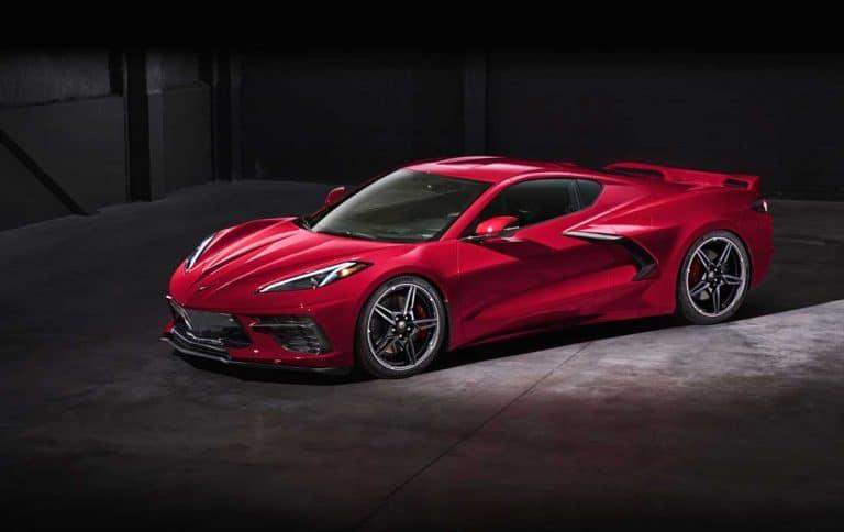 Встречаем Chevrolet Corvette Stingray 2020