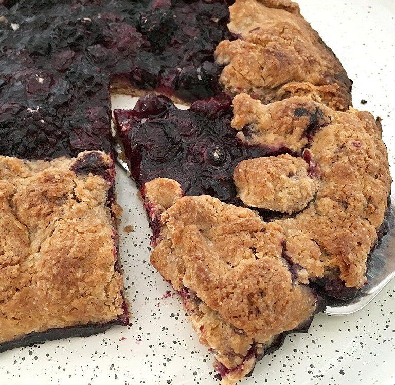 tarta rústica frutas tarta muy fácil tarta galette tarta de moras y arándanos postres fáciles hacer masa brisa galette de arándanos y moras easy fruit tart