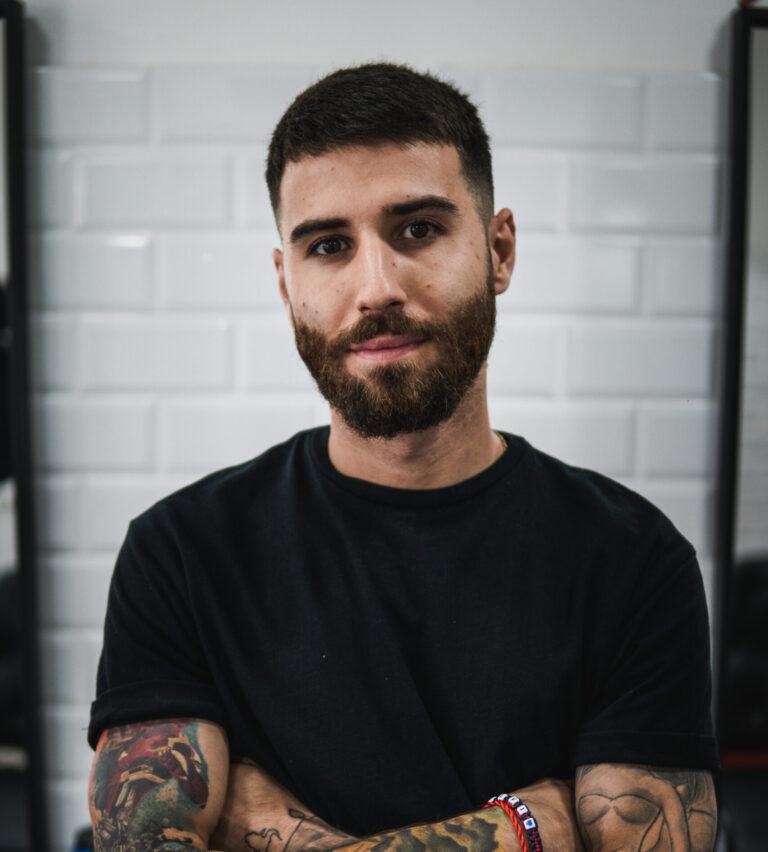 Renátó barber portréja
