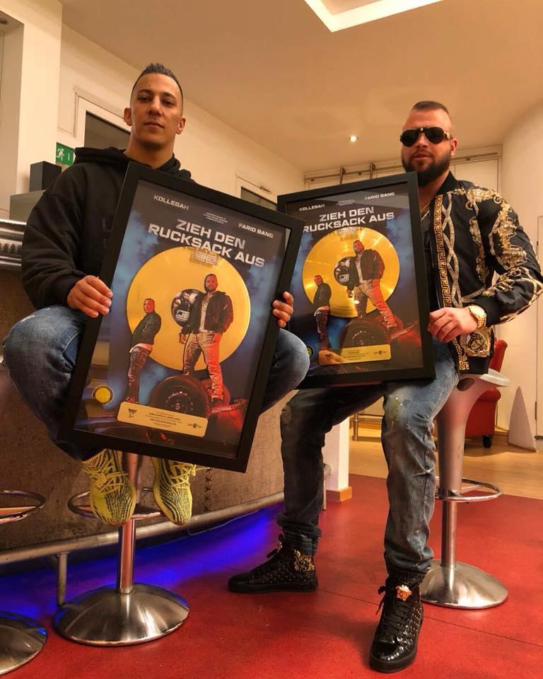 """""""Zieh den Rucksack aus"""" von Kollegah & Farid Bang geht Gold 1"""