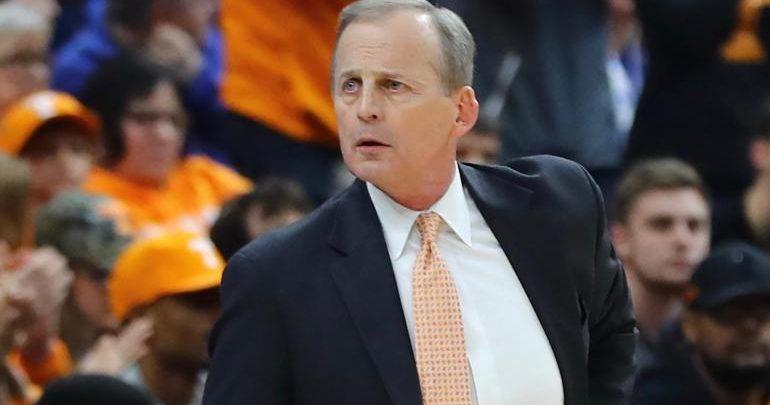 Ref Hits Tennessee Coach Rick Barnes, Blames Him
