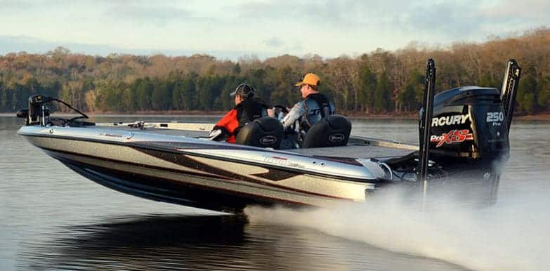 How Much Does A Bass Boat Weigh? With 19 Examples 14