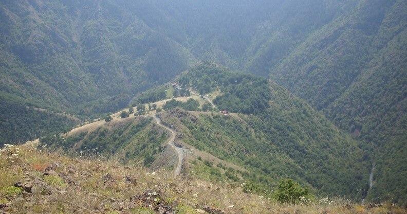 pogled na lokaciju manastira