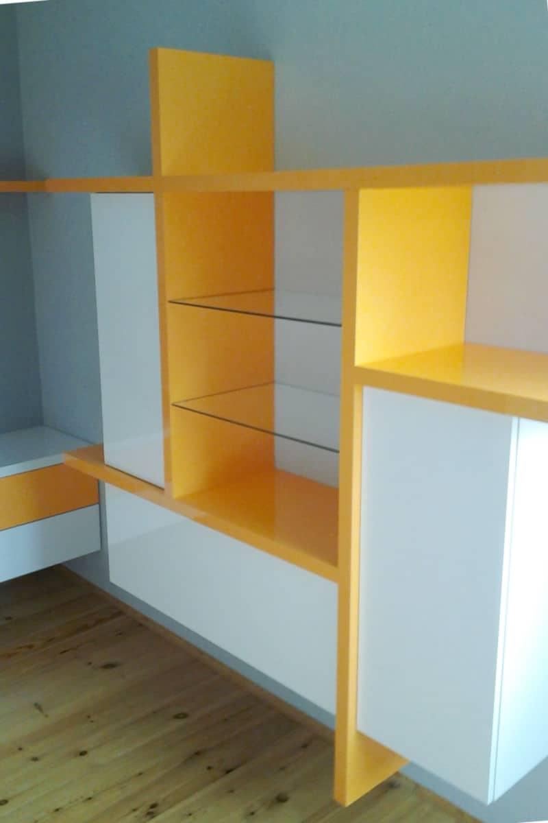Obývací stěny s televizí, designové police 2