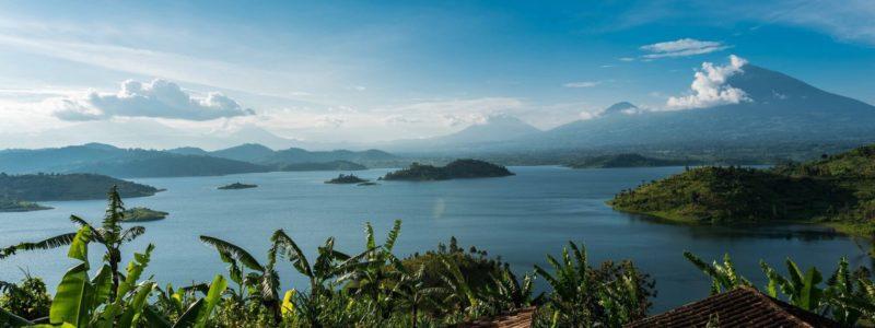 Rwanda _ Lake Ruhondo.photo