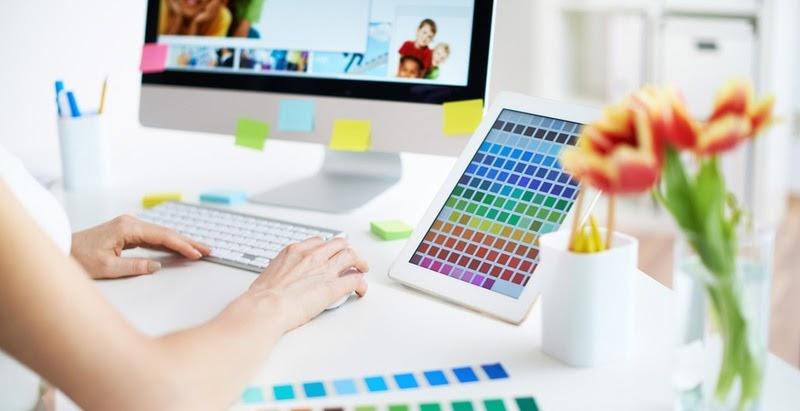 Графический дизайнер-