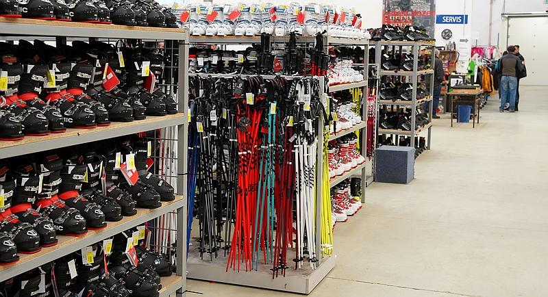 Prodejní hala lyžebraní