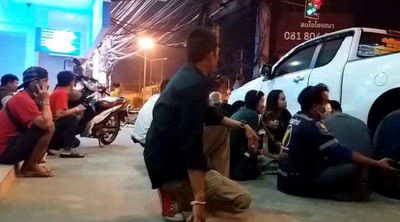 , Pelo menos 12 pessoas morrem em tiroteio na Tailândia, rtvcjs, rtvcjs