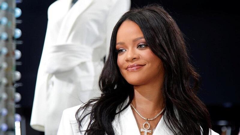 «La vie est trop courte», Rihanna souhaite devenir mère sans partenaire