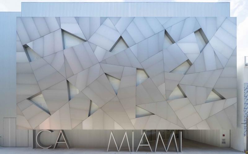 ICA Miami Acquires CryptoPunk NFT—and More Art News – ARTnews.com