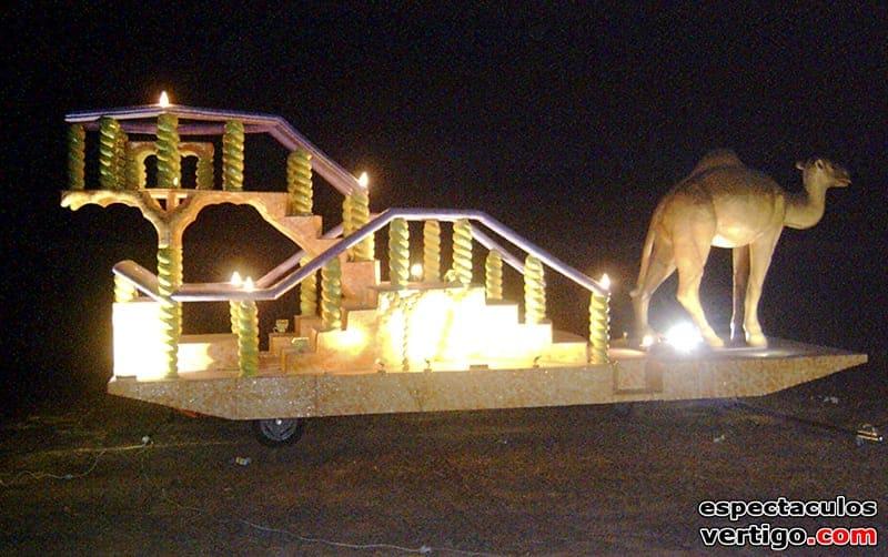 01-Carroza-trono-con-camello