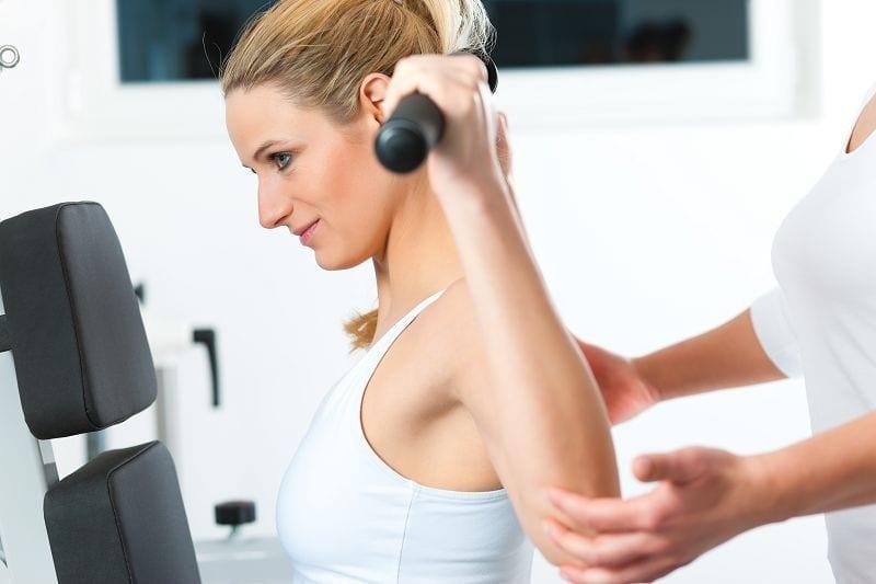 Neben dem passiven System und gehören die Muskeln zum wie auch der Bandappart zum aktiven System zur Stabilisierung der Wirbelsäule