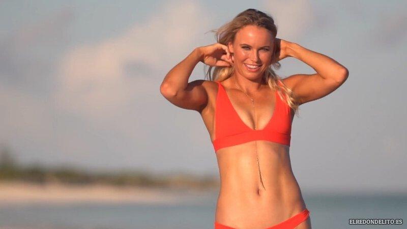Sports_Illustrated_Caroline_Wozniacki_Sexy_2017_001