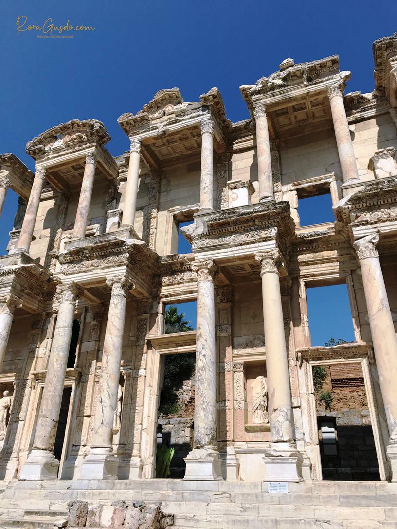 Perpustakaan Celcus di Ephesus
