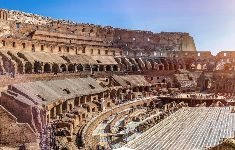 TourPrivatoColosseo-820X525-03-AdobeStock_259687156